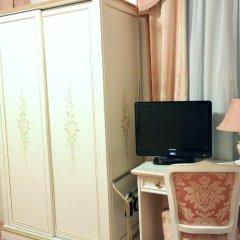Hotel Ambassador Tre Rose 3* Стандартный номер с различными типами кроватей фото 3