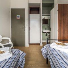 Отель LSE Carr-Saunders Hall 2* Стандартный номер с 2 отдельными кроватями (общая ванная комната) фото 4