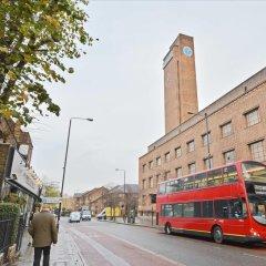 Отель The Royal Greenwich Collections городской автобус