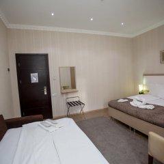 Отель Rustaveli Palace Стандартный семейный номер с двуспальной кроватью фото 21