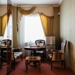 Гостиница Золотое Кольцо Кострома Люкс с двуспальной кроватью фото 18