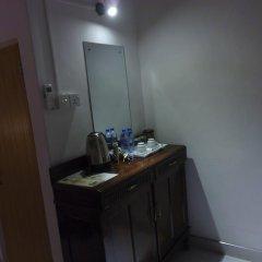 Отель Taprobane Home Stay - Negombo удобства в номере