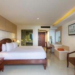 Отель Chanalai Garden Resort, Kata Beach 4* Улучшенный номер с двуспальной кроватью фото 7