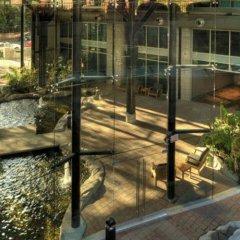 Отель The Parkside Hotel & Spa Канада, Виктория - отзывы, цены и фото номеров - забронировать отель The Parkside Hotel & Spa онлайн бассейн фото 3