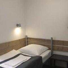 Гостиница PEOPLE Business Novinsky 2* Стандартный номер с различными типами кроватей (общая ванная комната) фото 3
