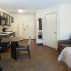 Отель Candlewood Suites Jersey City - Harborside Люкс с различными типами кроватей фото 2