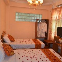 Royal Yadanarbon Hotel 3* Улучшенный номер с различными типами кроватей фото 5