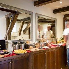 Отель The Nicholas Hotel Residence Чехия, Прага - отзывы, цены и фото номеров - забронировать отель The Nicholas Hotel Residence онлайн питание