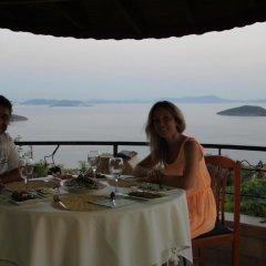 Taş Ev Butik Hotel Турция, Дикили - отзывы, цены и фото номеров - забронировать отель Taş Ev Butik Hotel онлайн питание фото 3