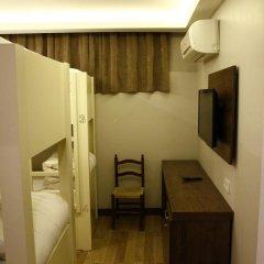 Отель Cheers Lighthouse 3* Кровать в общем номере с двухъярусной кроватью фото 20