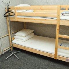 Ярослав Хостел Кровати в общем номере с двухъярусными кроватями