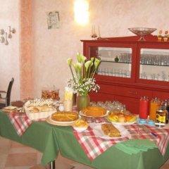 Отель Agriturismo B&B Il Girasole Италия, Мира - отзывы, цены и фото номеров - забронировать отель Agriturismo B&B Il Girasole онлайн питание