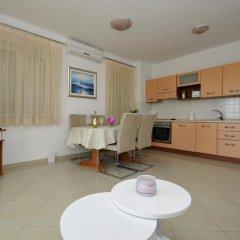 Отель Apartmani Trogir 4* Улучшенные апартаменты с различными типами кроватей фото 7