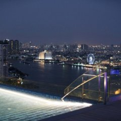 AVANI Riverside Bangkok Hotel бассейн фото 4