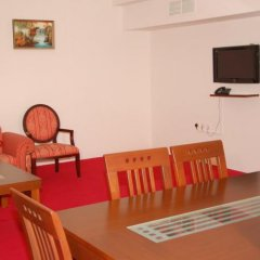 Adam Plaza Hotel Apartments комната для гостей фото 2