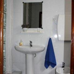 Отель Casa La Bombaron Сьерра-Невада ванная фото 2
