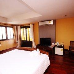 Отель The Road Feung Nakorn Бангкок комната для гостей фото 4