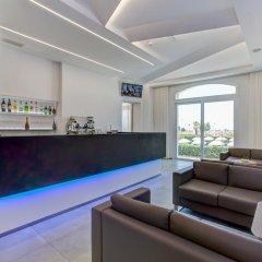 Отель Villa Augustea гостиничный бар