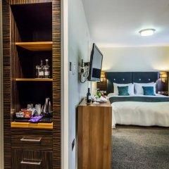 Отель Holiday Inn London - Kensington 4* Представительский номер с различными типами кроватей фото 2