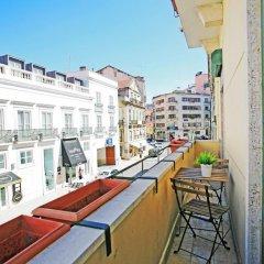 Liv'in Lisbon Hostel Стандартный номер с двуспальной кроватью (общая ванная комната) фото 7