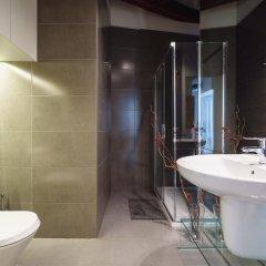 Отель Valencia Luxury Central Market ванная