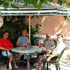 Отель Davidovi Relax Guest Rooms Болгария, Варна - отзывы, цены и фото номеров - забронировать отель Davidovi Relax Guest Rooms онлайн питание