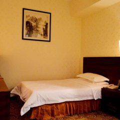 Pazhou Hotel комната для гостей фото 4