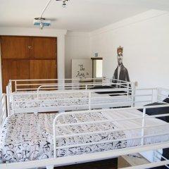 Hostel & Surfcamp 55 Кровать в общем номере двухъярусные кровати