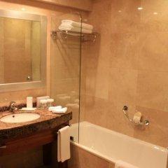 Отель Holiday Inn Istanbul Sisli 5* Стандартный номер с различными типами кроватей фото 10