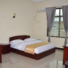Lashio Galaxy Hotel 2* Номер Делюкс с различными типами кроватей фото 5