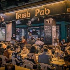 Отель Angus O'Tool's Irish Pub Guesthouse питание