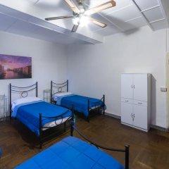 Отель LImbarcadero Кровать в женском общем номере с двухъярусной кроватью фото 2