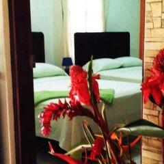 Hotel & Hostal Yaxkin Copan 2* Стандартный семейный номер с двуспальной кроватью фото 4