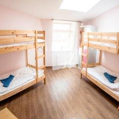 Хостел Angel Court Yard Кровать в общем номере двухъярусные кровати фото 25