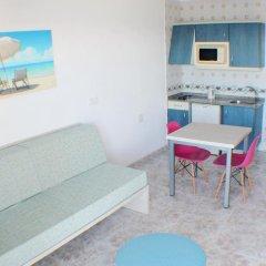 Отель Apartamentos Playa Moreia комната для гостей фото 5