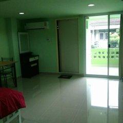 Отель Green House Hostel Таиланд, Бангкок - отзывы, цены и фото номеров - забронировать отель Green House Hostel онлайн комната для гостей фото 3