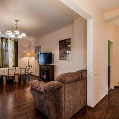 Апартаменты Historic Centre Apartment Минск комната для гостей фото 5