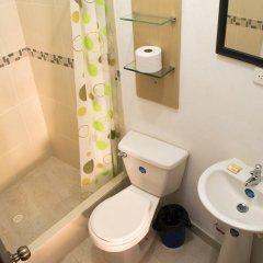 Отель Iguana Boutique Колумбия, Кали - отзывы, цены и фото номеров - забронировать отель Iguana Boutique онлайн ванная