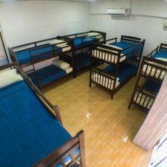Alice Semporna Backpackers Hostel Кровать в женском общем номере с двухъярусной кроватью фото 2