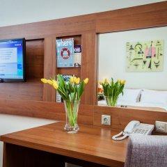 Best Western PLUS Centre Hotel (бывшая гостиница Октябрьская Лиговский корпус) 4* Стандартный номер двуспальная кровать фото 12