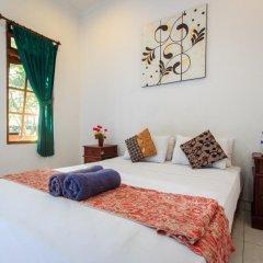 Отель RedDoorz @ Melati Kartika Plaza 2* Стандартный номер с различными типами кроватей фото 5
