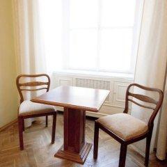 Hotel U Zlateho Jelena (Golden Deer) 3* Стандартный номер с различными типами кроватей фото 6