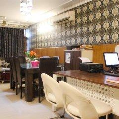 Отель Delhi Marine Club C6 Vasant Kunj Индия, Нью-Дели - отзывы, цены и фото номеров - забронировать отель Delhi Marine Club C6 Vasant Kunj онлайн интерьер отеля фото 2