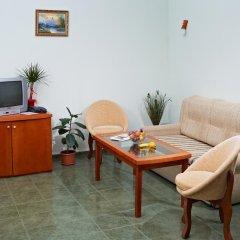 Hotel Kavkaz Golden Dune - Все включено 4* Стандартный семейный номер с двуспальной кроватью фото 8