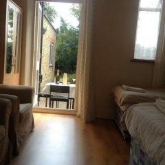 The Crystal Lodge Hotel 2* Стандартный номер с различными типами кроватей (общая ванная комната) фото 2