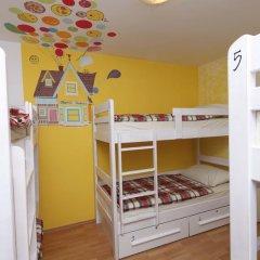 Pozitiv Hostel Кровать в общем номере с двухъярусной кроватью фото 13