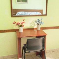 Отель Hostal Nilo Стандартный номер с различными типами кроватей (общая ванная комната) фото 5