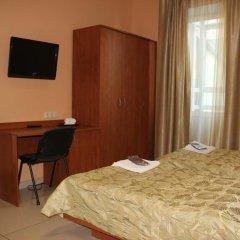 Мини-Отель Добрый Кот Кровать в общем номере фото 23