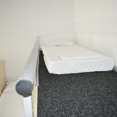 Hostel N1 Кровать в мужском общем номере двухъярусные кровати фото 7