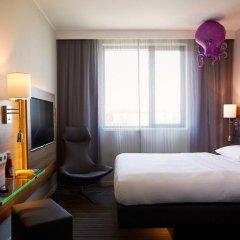 Отель Moxy Vienna Airport Стандартный номер с различными типами кроватей фото 2